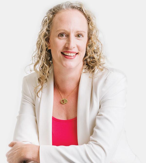 Julia Ewert